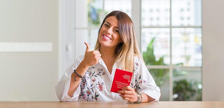 מי זכאי לדרכון רומני