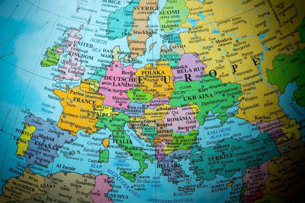 רומניה מצטרפת לאיחוד האירופאי
