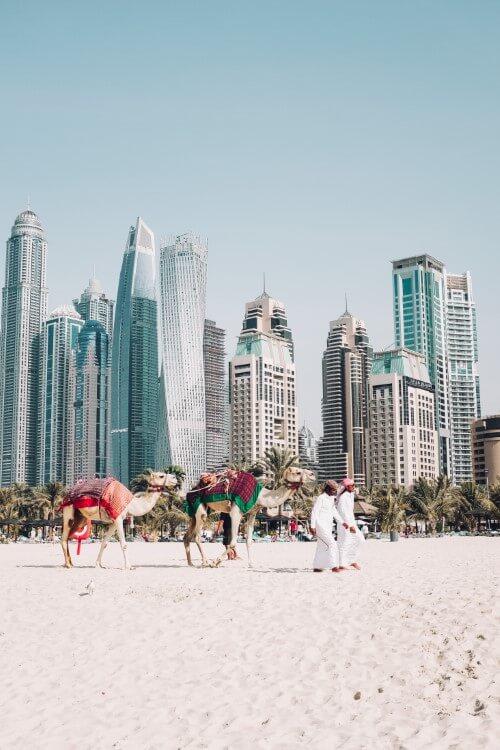 לנפוש כמו שייח' – כניסה לדובאי עם דרכון זר
