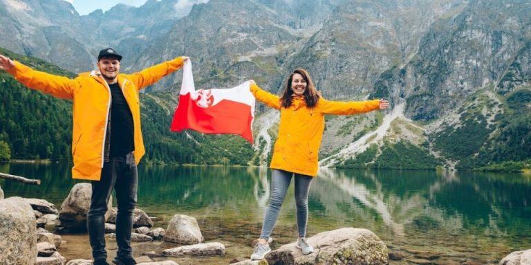 האם דרכון פולני עובר אוטומטית לבן הזוג?
