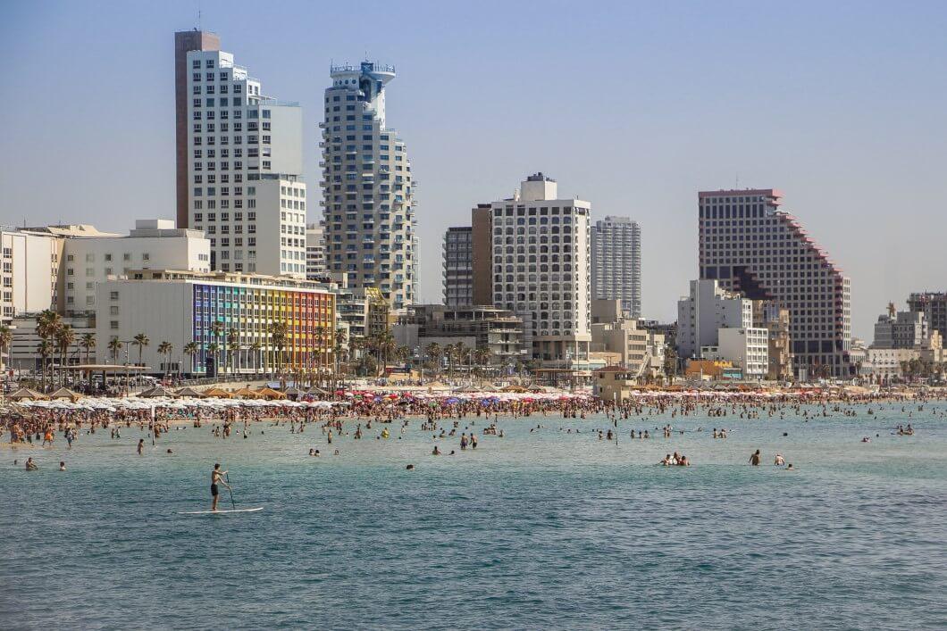 בתור ישראלים אנחנו אוהבים שמש, עד שמגיעים יולי-אוגוסט.