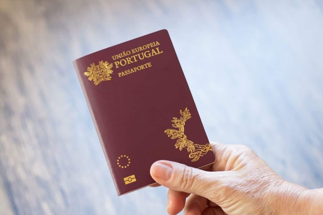 דרכון פורטוגלי מקנה זכויות ב-28 מדינות האיחוד האירופי
