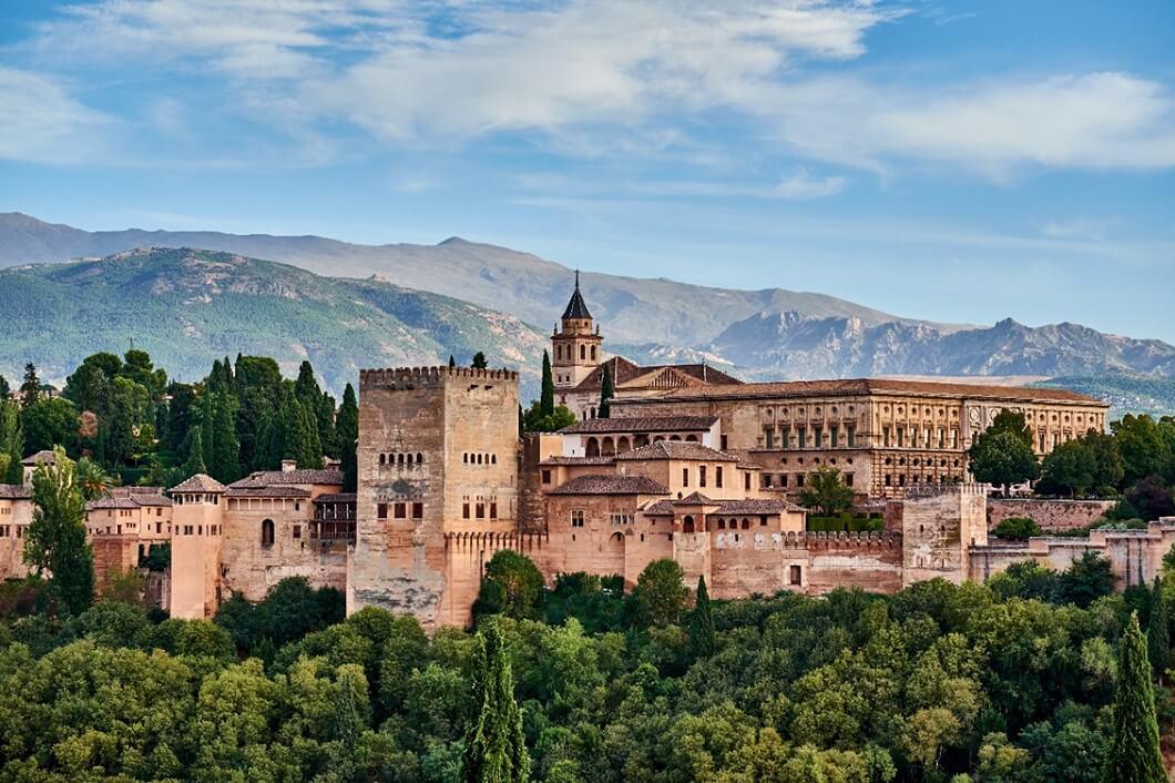 ארמון האלהמברה המפורסם בגרנדה – שם נחתם גורל הקהילה היהודית בספרד