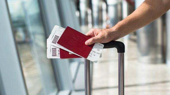 האירופאים החדשים: הישראלים שמוציאים דרכון אירופאי בגילאי 50+